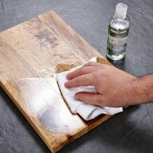 Cleaning cutting boards with oil in Sheffield