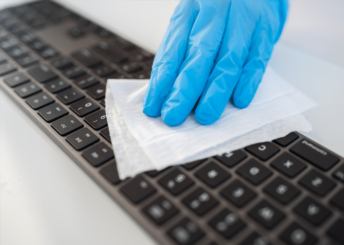 computer-and-telephone-equipment-cleaning